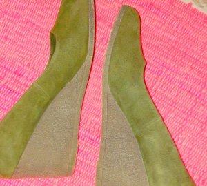 Deichmann Zapatos Mary Jane verde oliva-beige Gamuza
