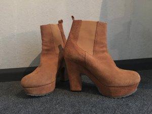 Wildleder Plateau Boots