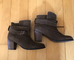 Cox Slip-on Booties brown