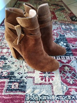 Another A Zipper Booties light brown-brown