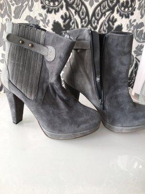 Patucos con plataforma gris