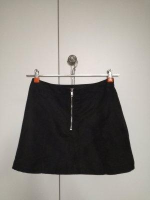 a263f341 H&M Falda de cuero de imitación negro