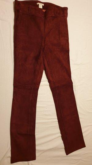 H&M Pantalón de cuero burdeos