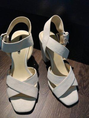 Zara Sandalias blanco-beige claro Gamuza