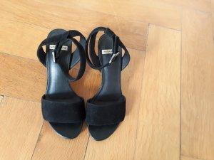 Vagabond Sandalo con cinturino nero Scamosciato