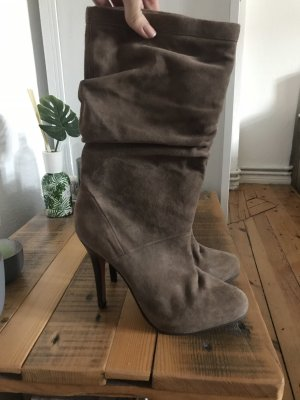Wildlederstiefel in Braun von Buffalo London