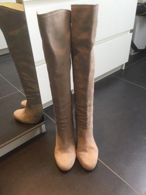 Apart Heel Boots cream