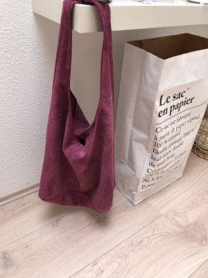 Wildledertasche in lila