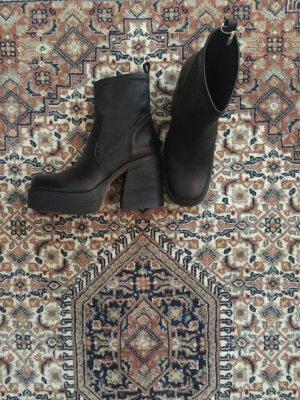 Low boot noir cuir