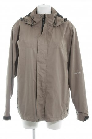 Windbreaker light brown casual look