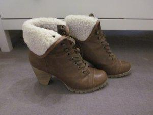 Winter Ankle-Boots mit Lammfell-Optik Nine West