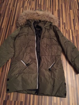 Winter Daunen Jacke mit Fell