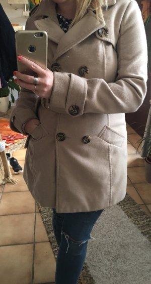 Winter Mantel in Beige mit Gürtel