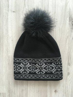 Pointed Hat black