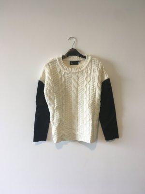 Winter Pullover mit Lederärmel
