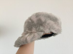 Sombrero de piel gris claro-rosa