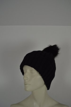 Knitted Hat black wool
