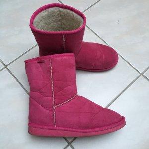 Winterboots im stylischen Pink