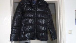Winterdaunenglanzjacke mit Fellkragen und Kaputze aus Frankreich gerne Angebote