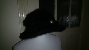 Cappello impermeabile nero