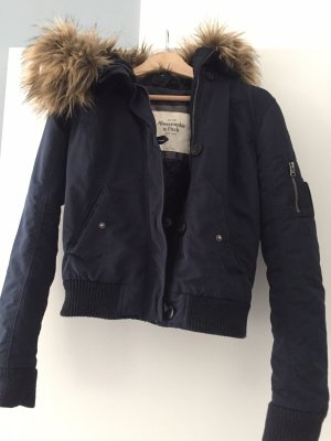 Abercrombie & Fitch Parka azul oscuro