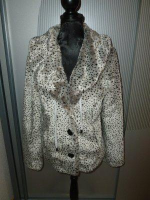 Winterjacke Fell grau weiß braun Cosima