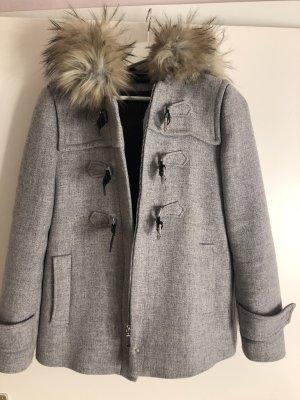 Zara Chaqueta de invierno gris claro