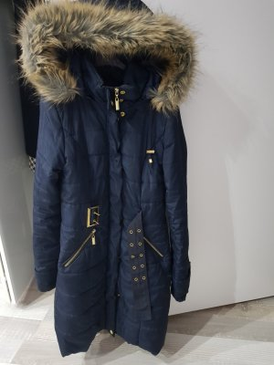 winterjacke in dunkelblau
