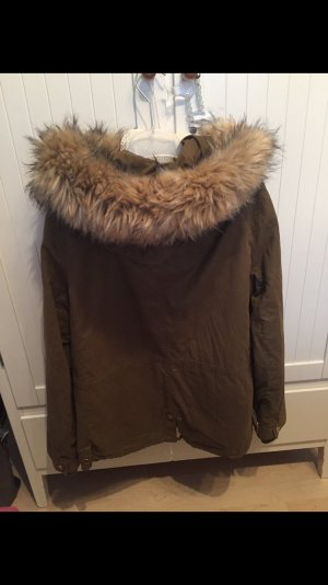 Winterjacke in Khaki