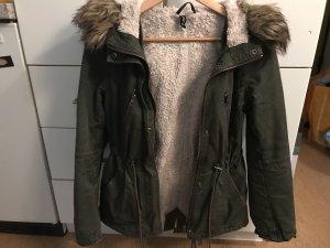 Winterjacke Khaki 34/36
