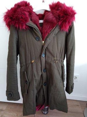 Winterjacke mit Fake Fur Kapuze