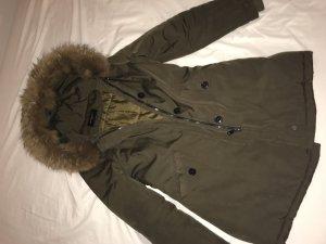 Attentif Veste d'hiver gris vert fourrure