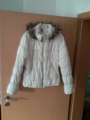 winterjacke mit kapuze