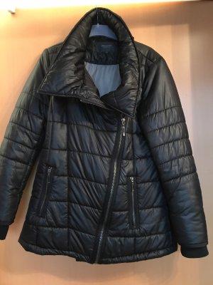 Winterjacke schwarz mangun Gr. 42