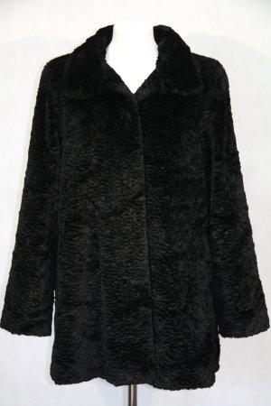 Winterjacke von CC in Schwarz