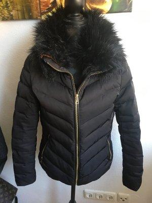 Winterjacke von H&M