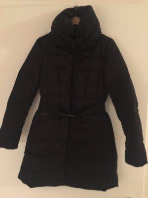 Winterjacke von Zara Women in Schwarz