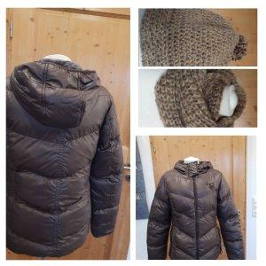 Winterjacke warm mit Mütze /Schal