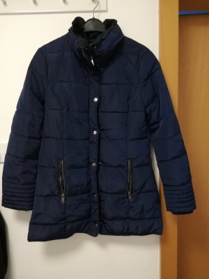 Winterjacke/Wintermantel in Gr. 40