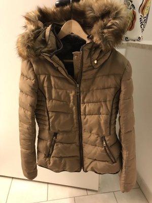 Zara Chaqueta de invierno beige-marrón