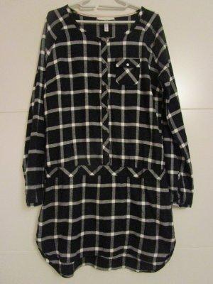Winterkleid von Adidas