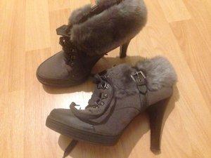Winterliche Boots - High Heels