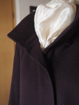 Wintermantel aus Wolle-Kaschmir Gemisch von Basler in Trendfarbe Beere, Gr. 42