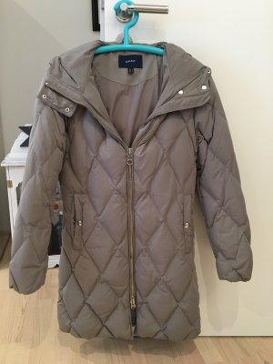 Gant Abrigo de plumón marrón grisáceo