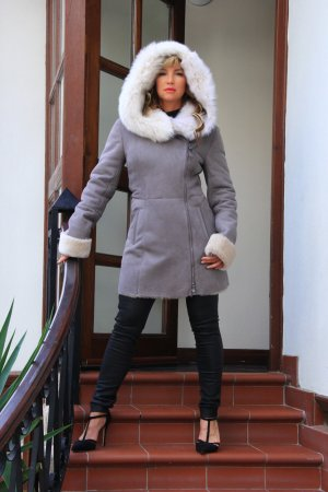 Wintermantel / Märchenhafter Luxus Lammfellmantel NEU MIT ETIKETT