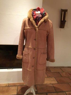 Cappotto in eco pelliccia color cammello