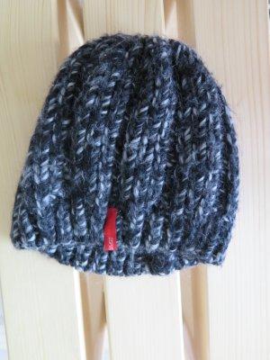 Wintermütze Esprit schwarz-weiß