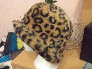 Sombrero de piel marrón arena-negro