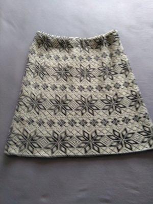 Jupe tricotée noir-blanc tissu mixte