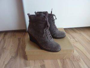 Winterscchuhe Stiefeletten Boots Flip Flop Gr. 39 Wildleder grau